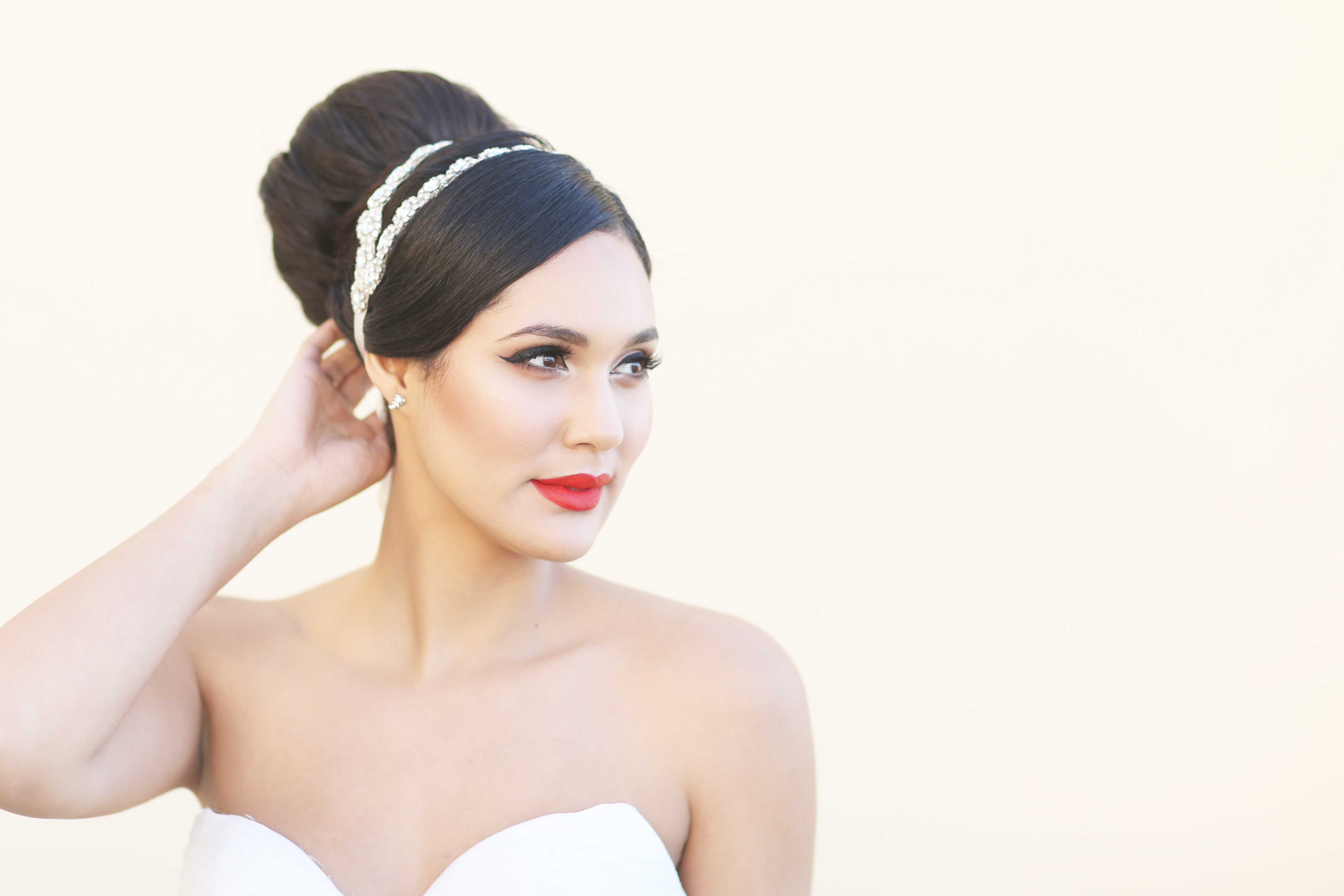One Look – Five Styles Classic Bride, Series 2: | Swell Beauty